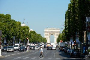 arc-de-triomphe-Champs-Elysees